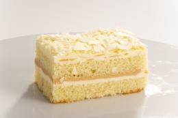 DESSERT CAKE WHITE CHOCOLATE ALMOND SLICE