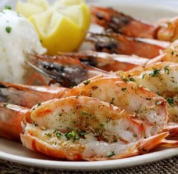 VANNAMEI CUT AND DEVEINED CLEANED PRAWNS (FROZEN)