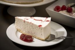 DESSERT RASBERRY RIPPLE CHEESE CAKE